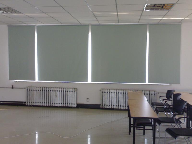 学校教室窗帘效果图