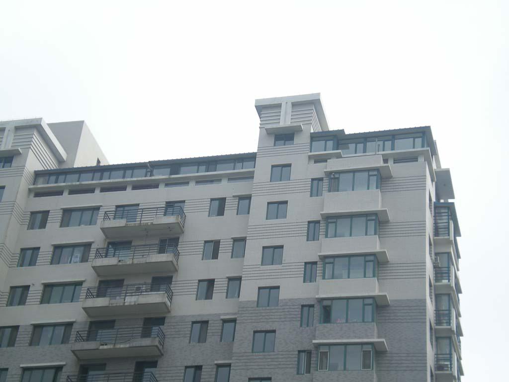沈阳屋顶彩钢房 封露台