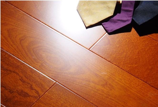供应圣罗娜地板-多层实木复合