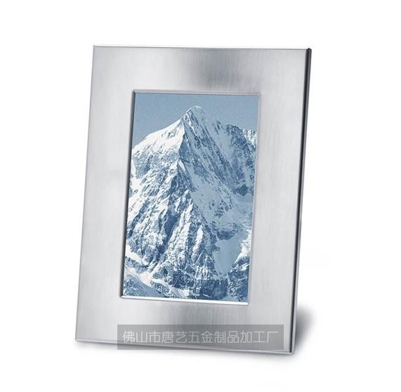 不锈钢相框:本公司专业生产不锈钢相框,金属相框,铝相框,金属画框