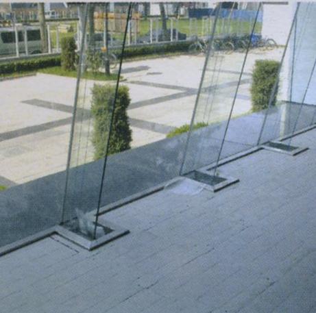 平铺型塑料网络地板
