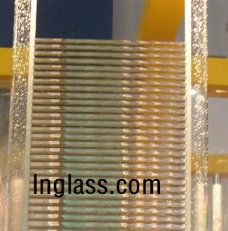 亚博博彩玻璃水晶柱