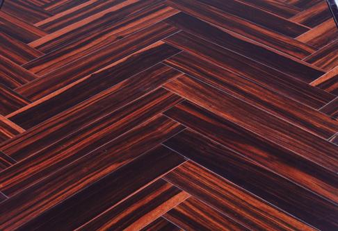 颐和林地板-实木人字拼系列1