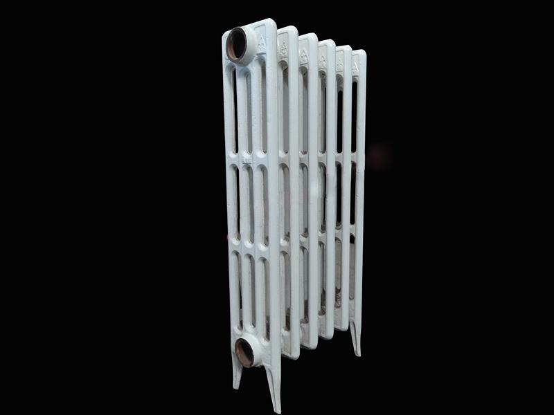 铸铁四柱喷塑暖气片111