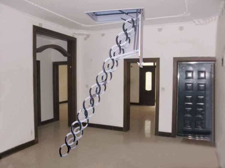 伸缩阁楼楼梯
