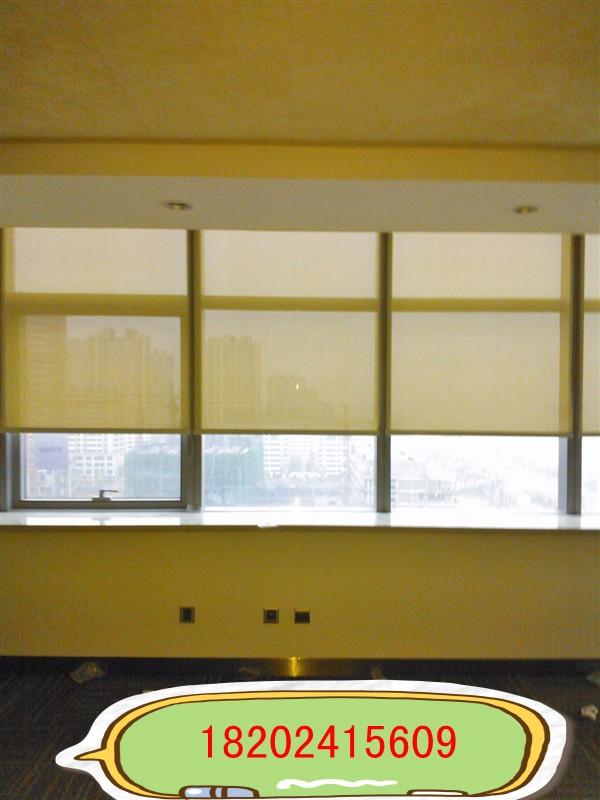 卷帘、垂直百叶窗帘