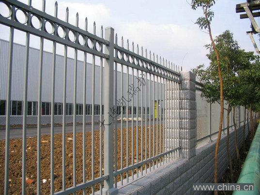 热镀锌组装彩钢围栏