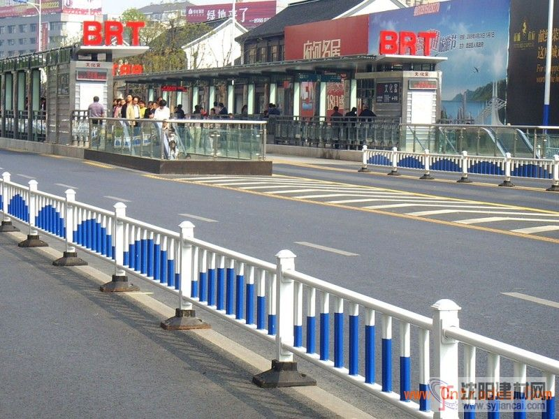供应市政护栏网|隔离栅|道路隔离栅|PVC隔离栅