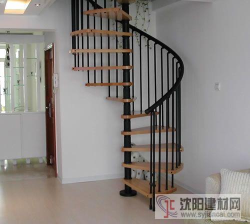 中柱楼梯厂家|中柱楼梯厂家型号