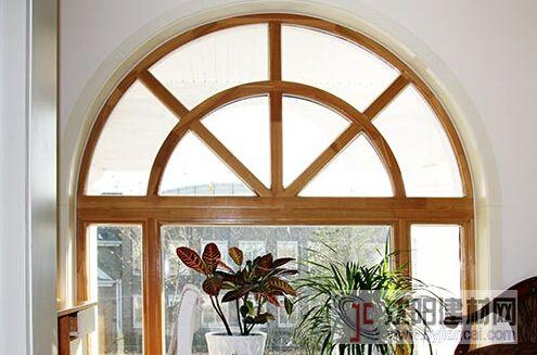 圆弧形铝包木复合窗