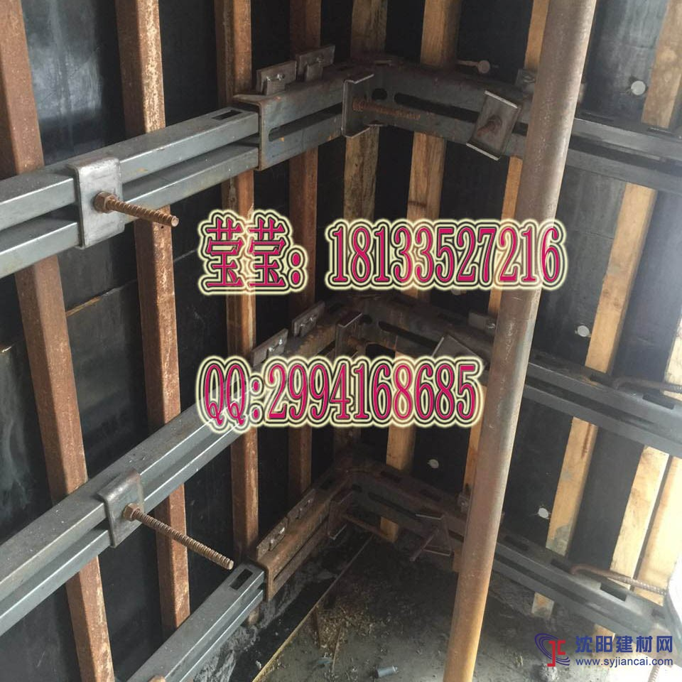 模板支撑结构,普遍采用钢或木梁拼装成模板托架