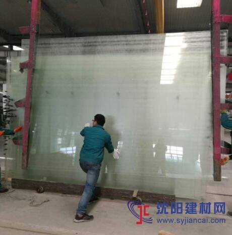 15mm+2.67SGP+15mm钢化超白夹层玻璃