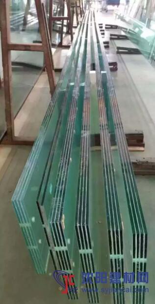 15mm19mm圆弧弧形弯弧钢化超白夹胶玻璃