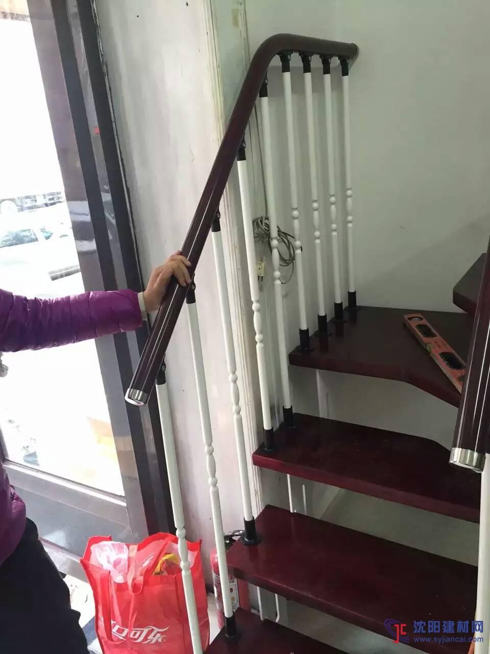 沈阳楼梯,钢木楼梯,阁楼楼梯厂家批发