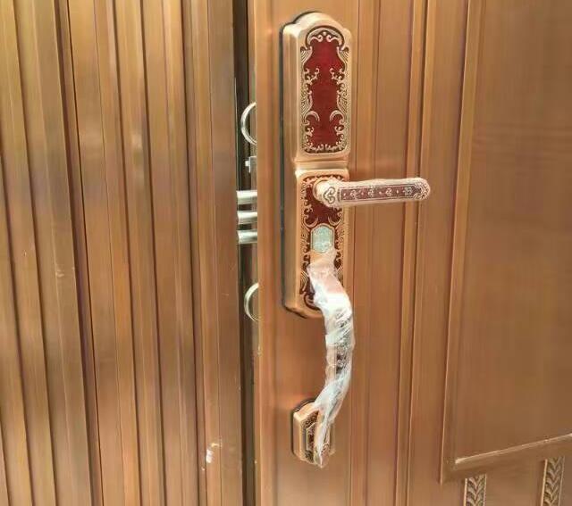 沈阳双开大铜门防盗指纹锁公司