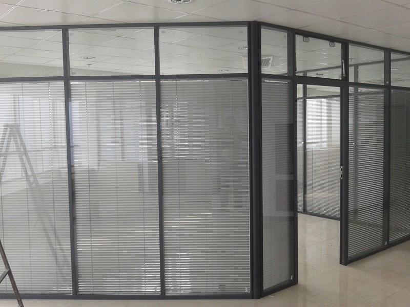 沈阳浑南玻璃厂家玻璃定制钢化玻璃批发