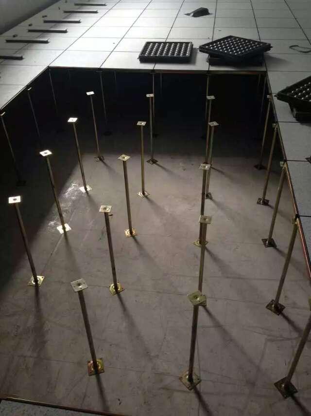 沈阳防静电地板陶瓷防静电地板思蕊静电地板