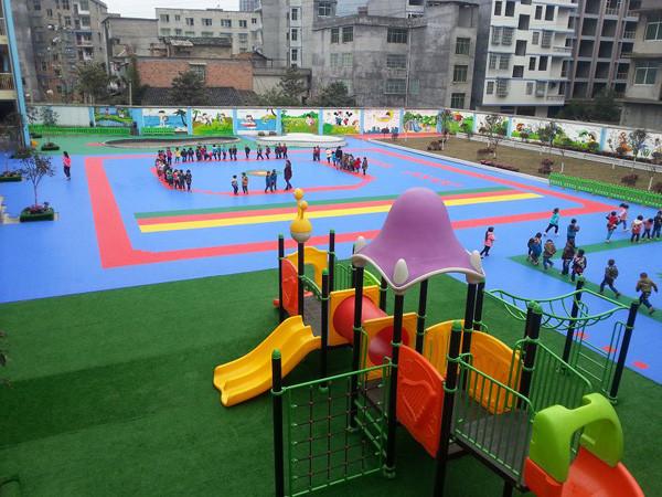 大连幼儿园运动安全地板、人造草坪、悬浮拼装地板