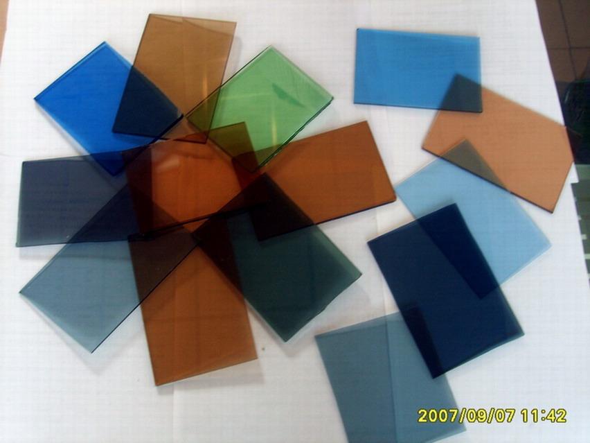 浮法玻璃厂家沈阳蓝星玻璃