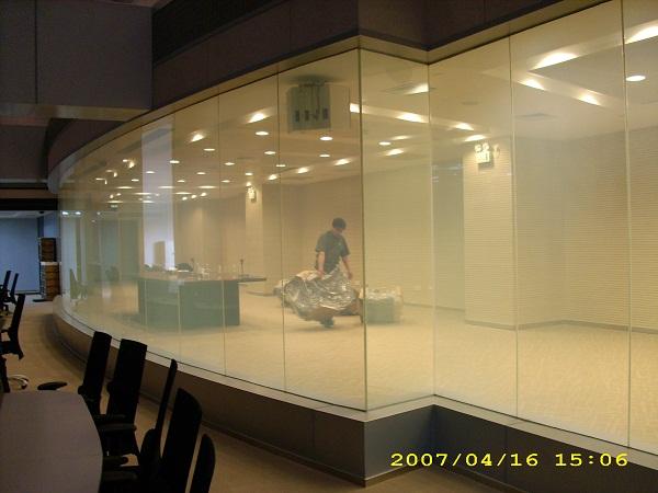 沈阳智能调光玻璃,沈阳智能通电玻璃厂家