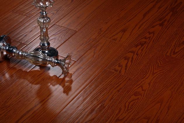 圣达地板实木复合率性系列:红橡―满堂红