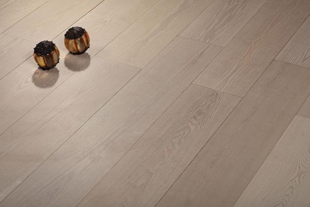圣达地板实木复合率性系列:白腊木―月牙泉