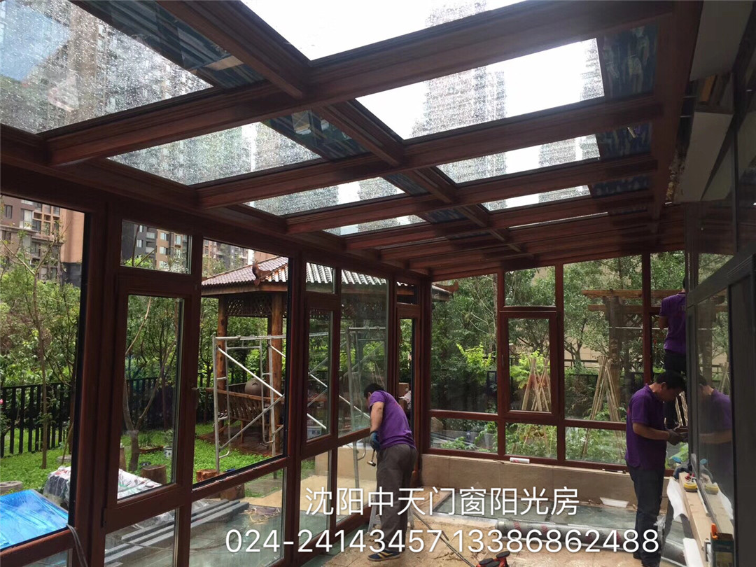 本溪中天门窗居民阳光房制作现场品质保障