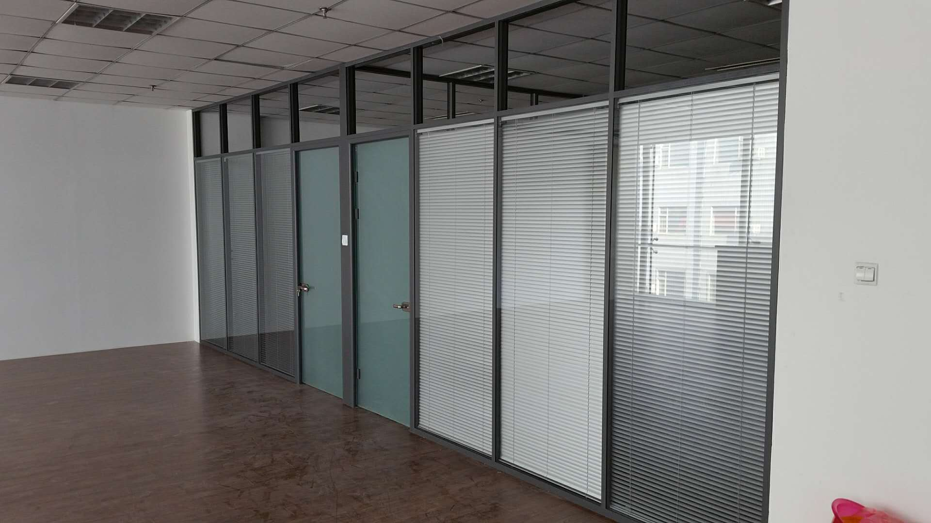 电致变色玻璃,雾化玻璃,电子液晶投影玻璃