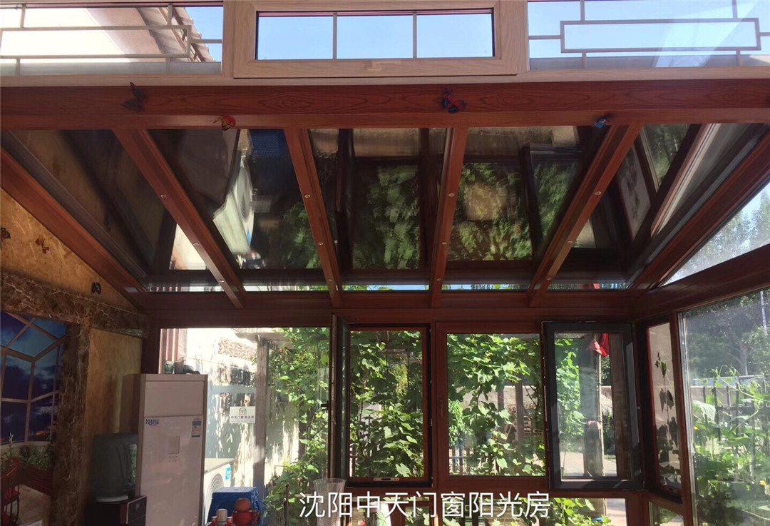 龙8国际电脑版中航城大宅别墅智能遮阳阳光房
